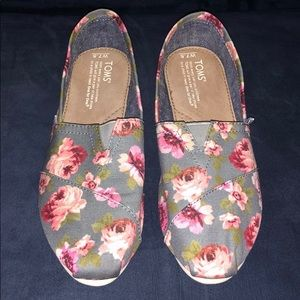 Toms Classic Slip Ons Grey w/ Pink Flowers